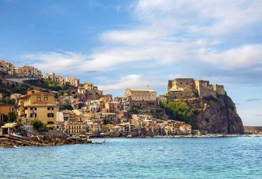 What to see in the city in the north of Sicily, attractions of Messina