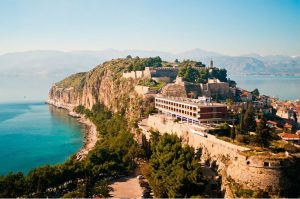 10 extraordinarily beautiful cities in Greece that you must visit